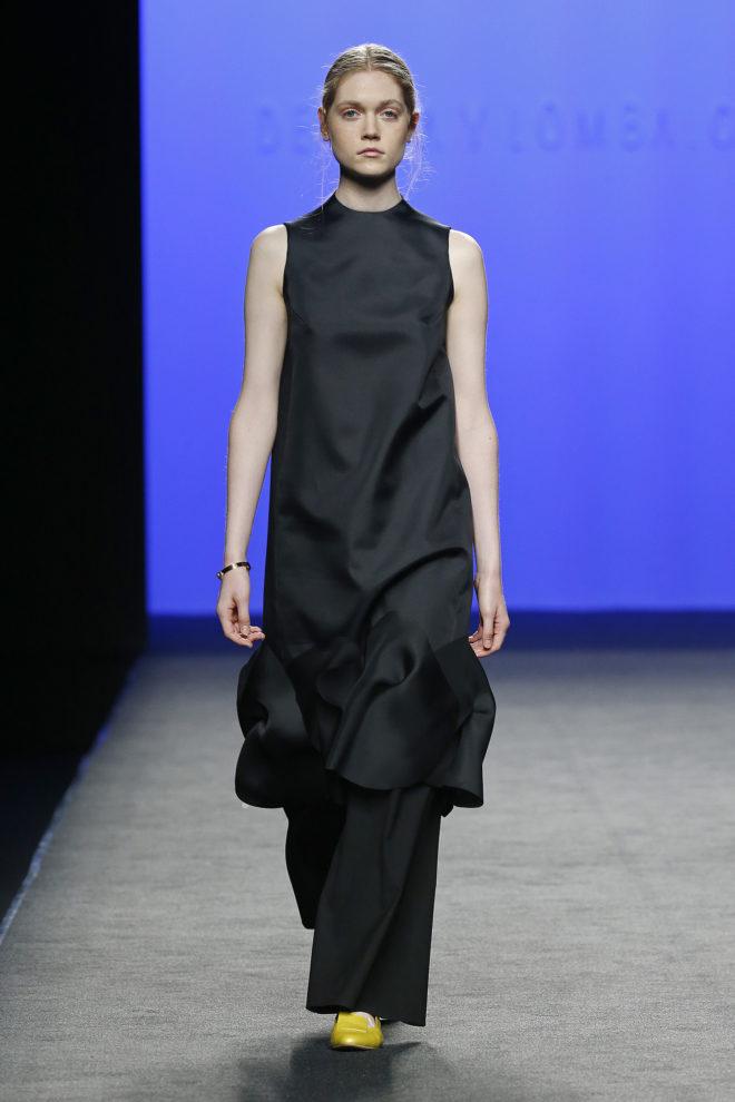 Vestido seda negra