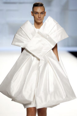 Vestido tafetan seda blanco